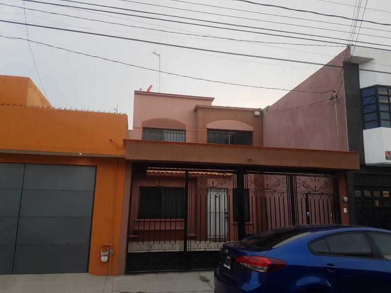 Renta de Casa  en San Luis Potosi en Fracc. Esmeralda