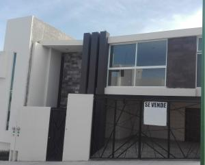 Venta de Casa en Fraccionamiento Villa Magna