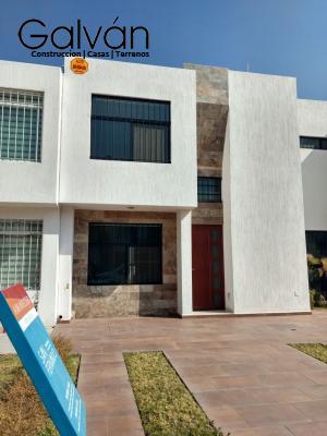 Venta de Casa en ARBOLEDAS DE JACARANDAS