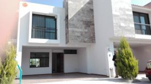 Venta de Casa en Catara Residencial Privado