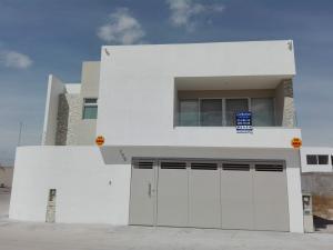 Renta de Casa en LOS LAGOS RESIDENCIAL
