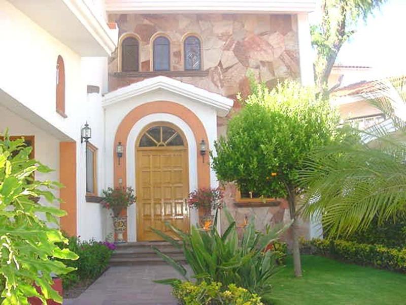 Venta de Casa  en San Luis Potosi en RINCONADA DE LAS FLORES
