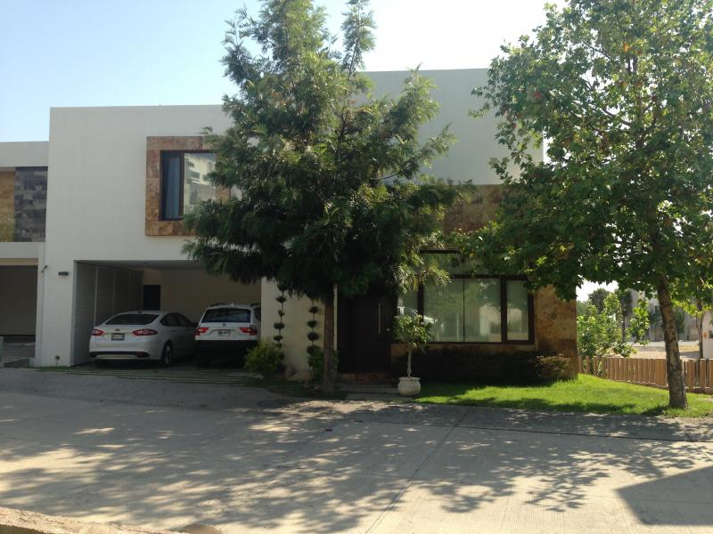 Venta de Casa  en San Luis Potosi en PRIVADAS DEL PEDREGAL FASE 2