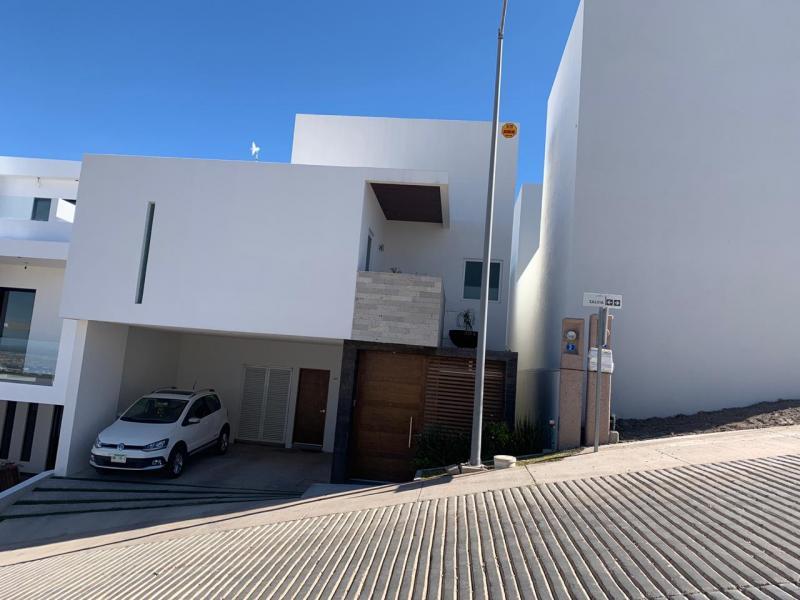 Venta de Casa  en San Luis Potosi en MONTERRA ORIENTE