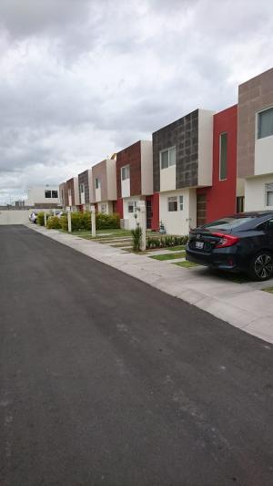 Renta de Casa en EL REFUGIO