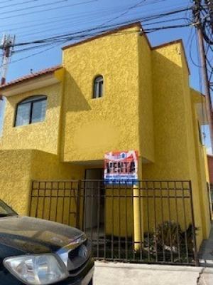 Venta de Casa en LOS PIRULES