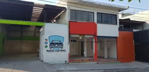 Renta de Bodega en JARDINES DE AZUCENAS, TLACOTE EL BAJO