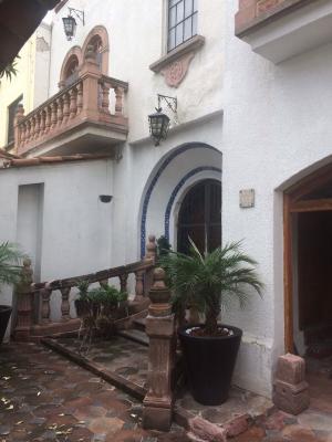 Renta de Amueblado en TEQUISQUIAPAN