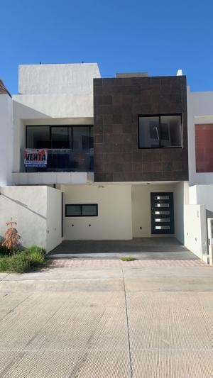 Venta de Casa en CAMPO AZUL