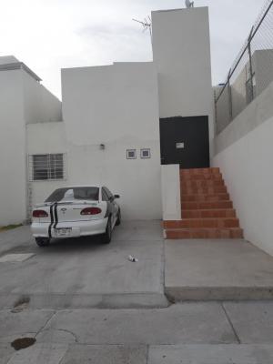 Venta de Casa en FRACCIONAMIENTO JURIQUILLA