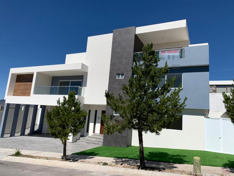 Venta de Casa  en San Luis Potosi en CLUB DE GOLF LA LOMA