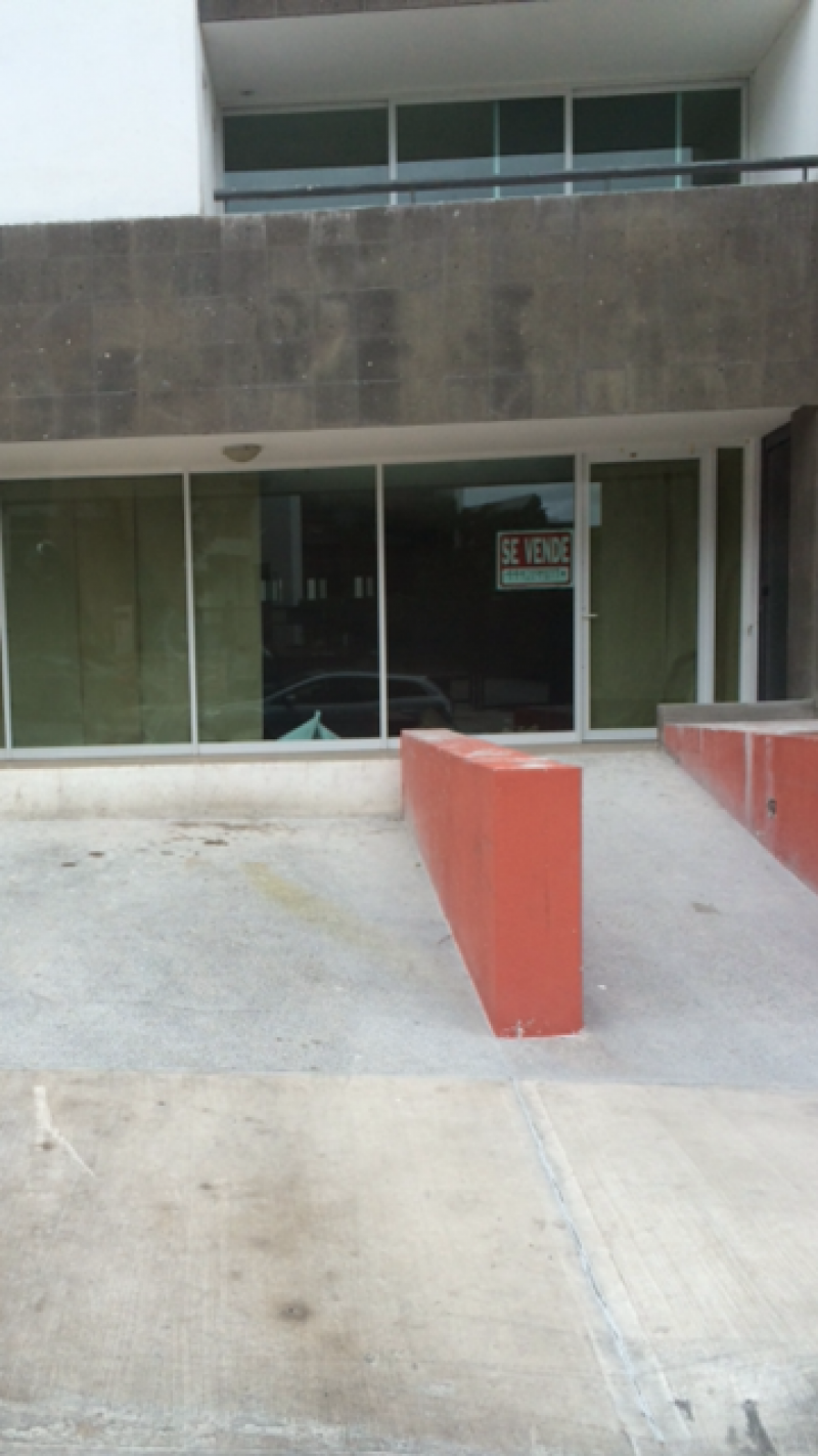 Venta de Local  en San Luis Potosi en LOMAS 4a SECCION