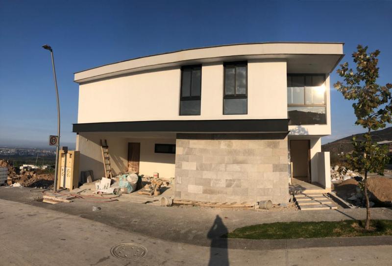 Venta de Casa  en San Luis Potosi en PEDREGAL