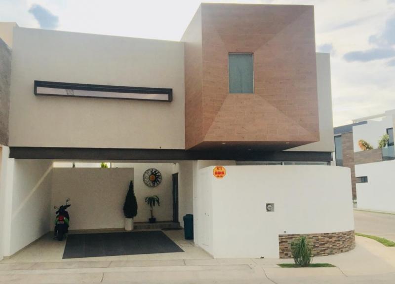Venta de Casa  en San Luis Potosi en PRIVADA SAN ANGEL 1