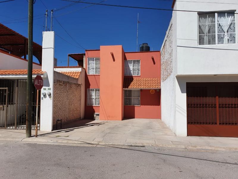 Renta de Casa  en San Luis Potosi en VILLA DE JACARANDAS