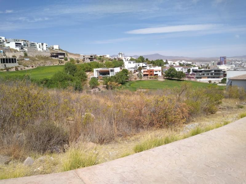 Venta de Terreno  en San Luis Potosi en CLUB DE GOLF LA LOMA